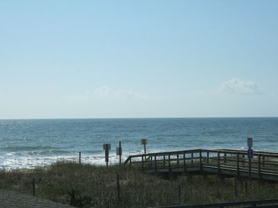 Photo for Crystal Shores Cozy Ocean Front Cottage