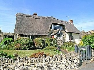 Photo for Thatched Character Cottage