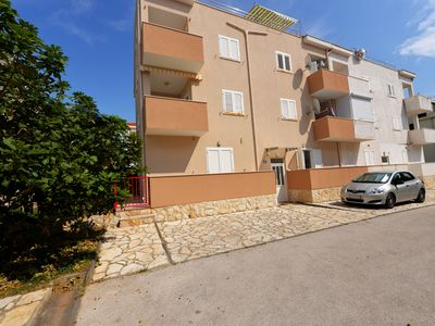 Photo for Apartments DADI for 10 people near the beach, WiFi&aircon
