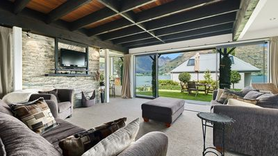 Photo for 1BR Apartment Vacation Rental in Queenstown, Otago