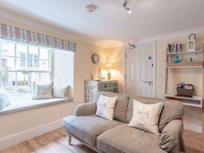 Photo for Delightful 1 bedroom ground floor  apartment in central Falmouth with courtyard
