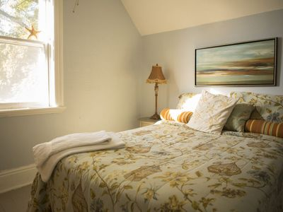 Photo for Foxingham Farm Bed and Breakfast - The Cornflower Room, 1 Double Bed, Shared Bathroom