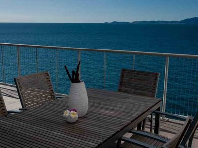 Alfresco Dinning on your balcony overlooking the Coral Sea