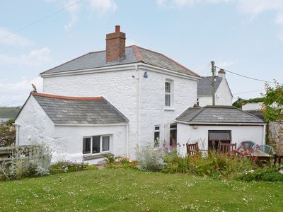 3 bedroom accommodation in West Pentire
