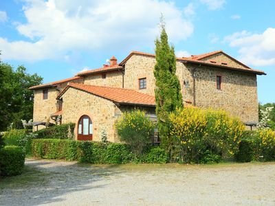 Photo for Apartment Il Gufo n°1 in Gaiole in Chianti - 16 persons, 7 bedrooms