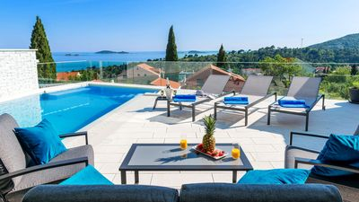 Photo for Luxury Villa Elysian with Heated Pool