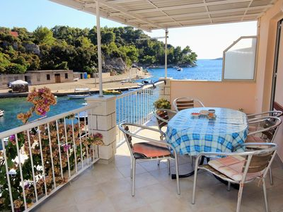 Photo for Two bedroom apartment with terrace and sea view Gršćica (Korčula)