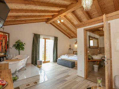 Photo for Suite with Balcony and Mountain View - Landhaus Wiesner