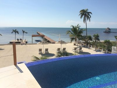 Infinity Pool with breathtaking view of Caribbean Ocean! Your own Private Beach!