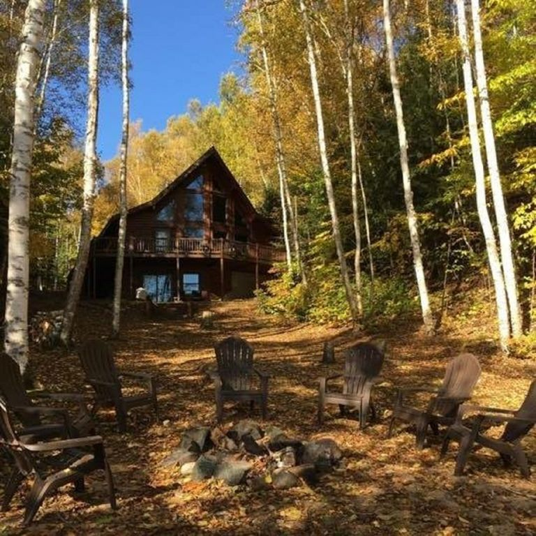 Lake Wanahoo Luxury Cabin: Log Home Luxury Awaits On The West Shore Of AuTrain Lake