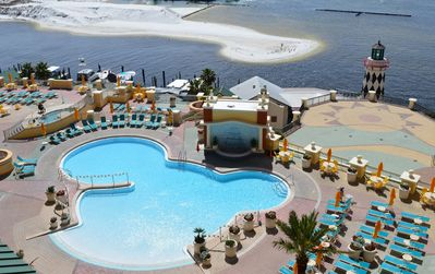 Photo for Emerald Grande 7th Flr🌞🌞 Best View in Destin🌴🌴Pool🌊🌊 Harbor & Gulf View!