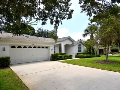 Photo for GREAT FAMILY HOME NEAR DISNEY! COMPLETELY RENOVATED!!!PRIVATE POOL & JACUZZI, BBQ GRILL, COMMUNITY POOL & PLAYGROUND, FREE WIFI!!