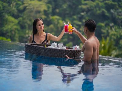 Photo for 1 BDR Jungle View Villa FREE Floating Breakfast
