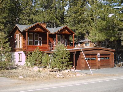 Photo for 3 bd + den, 3 br, 2000 SF spaceous house on Donner Lake