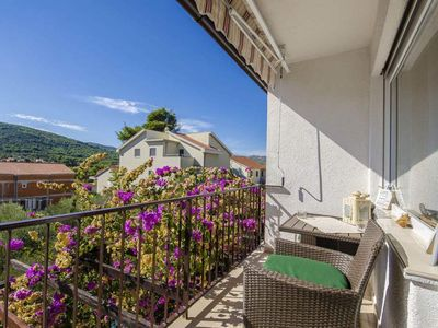 Photo for 3BR Apartment Vacation Rental in Stari Grad, Dalmatia