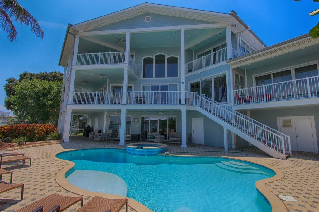 Waterfront Beach House in Clearwater Beach - Beachcomber's ...