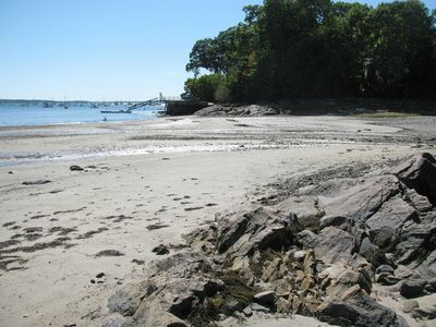 Underwood Cove/Beach - a short walk away - great for SUP!