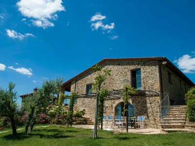 Photo for Nicely tranquil located country house with private swimming pool in Piegaro.