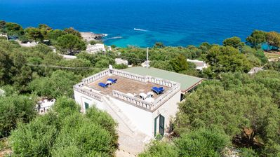 Photo for Whole villa with two apartments and wonderful sea view