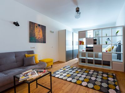 Photo for Wonderful arbor apartment in the heart of Neumarkt