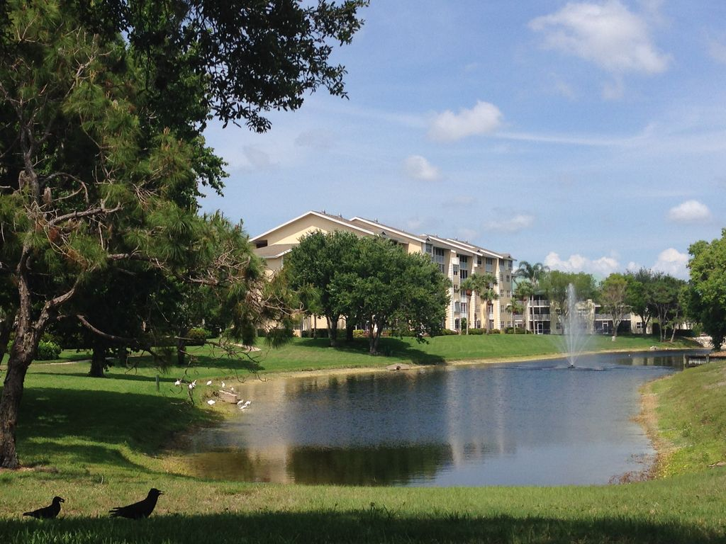 Princeton Place Condo Great Value 3rd Floor End Unit