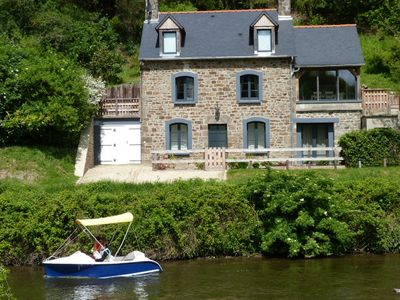 Photo for Character riverside cottage with stunning river views