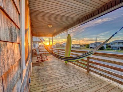 Photo for Magical Bungalow OBX (Walk To Beach + Surfboards)
