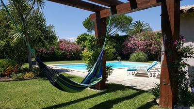 Photo for Lovely private villa (Biloubis), pool, landscaped garden, 200m from the sea