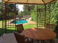 Excellent accommodation for large families well situated for getting into barcelona