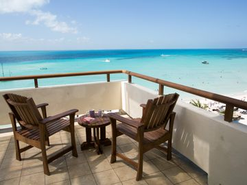 Ixchel Beach Hotel Beautiful Oceanfront Suite-6th Floor, A Must See