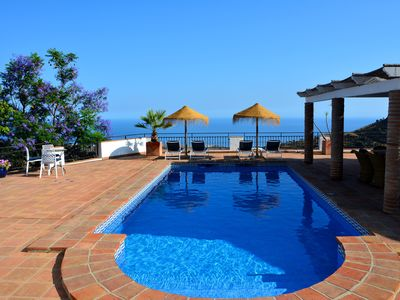 Photo for Charming country villa with breathtaking sea views