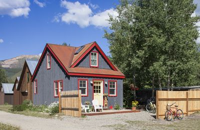 Photo for Cozy Cottage in the Heart of Town. Steps away to free shuttle to Mt. CB!