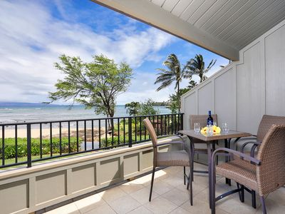 Photo for Kahana Village #38 Ocean Front Deluxe Second Level