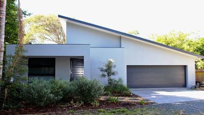 Photo for 4BR House Vacation Rental in HAWKS NEST, NSW
