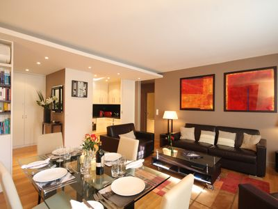 Photo for Luxury Air Con 2 bedrm 2.5 baths near new in the heart of Paris near Louvre