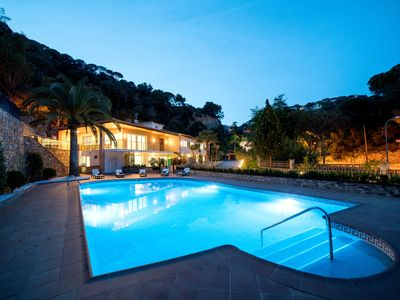 Photo for CANYELLES BEACH COSTA BRAVA -INCLUDED ACTIVITIES- CAPACITY 22
