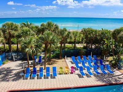 Photo for Excellent Beach Location! - 1-Bedroom Resort Suite - Free Daily Cleaning.
