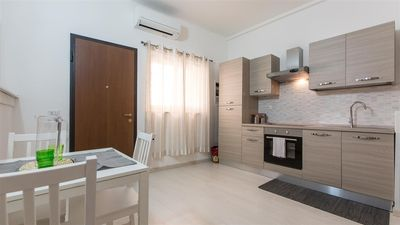 Photo for Studio Pantheon 2189 apartment in Centro Storico with air conditioning.