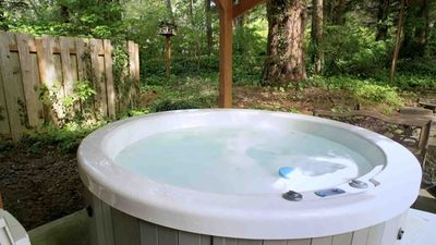 Photo for Short Walk to Beautiful Sandy Beach! Private Hot Tub!  Free Night!