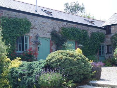 Photo for Ideally located for Exploring Cornwall, Dog Friendly - 2 Night Breaks Available