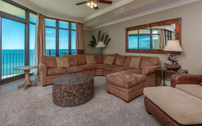 Photo for See why our guests chose this one!!! 3BR 4BA - Phoenix West *8th floor
