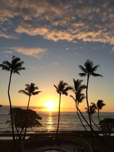 Photo for Kailani #308, AC, Gorgeous Oceanfront, Top Floor, Sunrise, Moon Rise Views