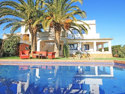 Photo for Sol: Villa with swimmimg pool at 300m from the beach