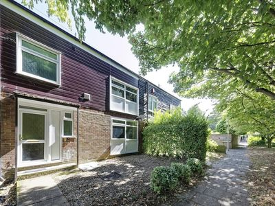 Photo for Ideal family Canterbury town house - in the heart of the city