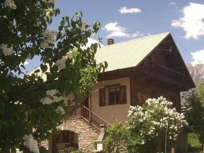 Photo for Lou Touloundé: Chalet for 10 people in Puy St Vincent 150 m from the slopes