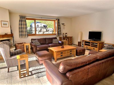 Photo for Luxurious chalet with 3 bedrooms, wifi, garage and sauna, perfect for family (8-W)