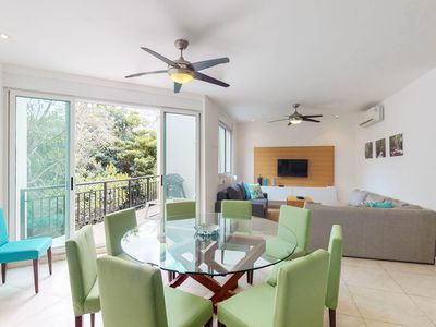 Photo for Comfortable condo w/ shared pool, cabana, gym & private hot tub!