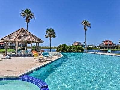 Photo for NEW! Matagorda Townhome w/Deck, Views, Pool Access