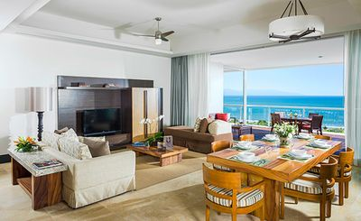 Photo for Grand Luxxe 2 Br/2.5 Ba condo with golf, spa, pools & beach