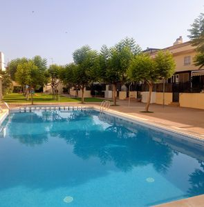 Photo for Terraced house with pool in Valencia. Relaxation and silence
